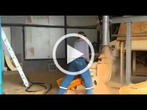 Pfuschprofis - Profi Pfusch am Bau immer-schoen-das-rohr-frei-halte-300x225
